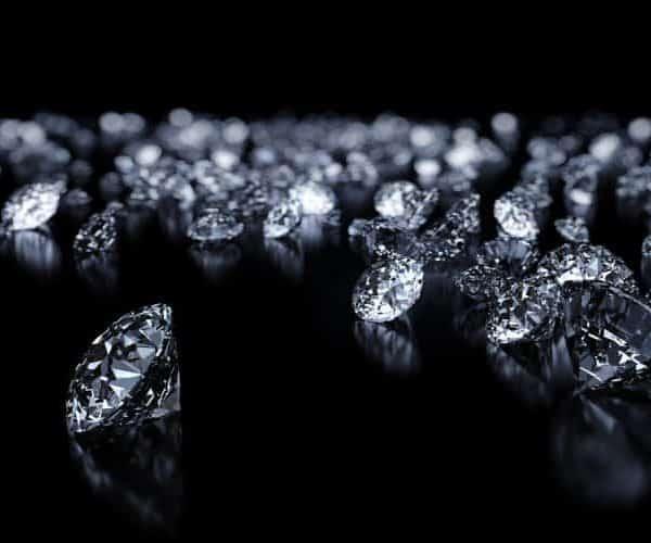 יהלומים מטופלים ומשודרגים