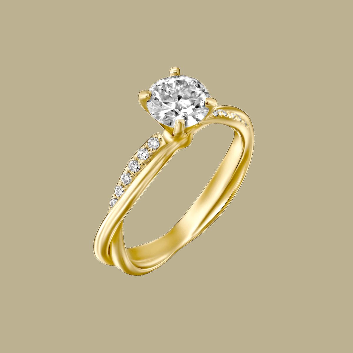 טבעת יהלומים טוויסט מוניק מזהב צהוב 0.41 קראט