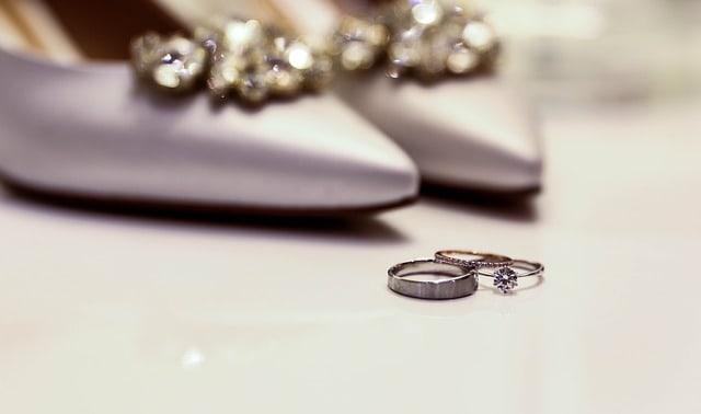 איך לבחור טבעת יהלום ראשית