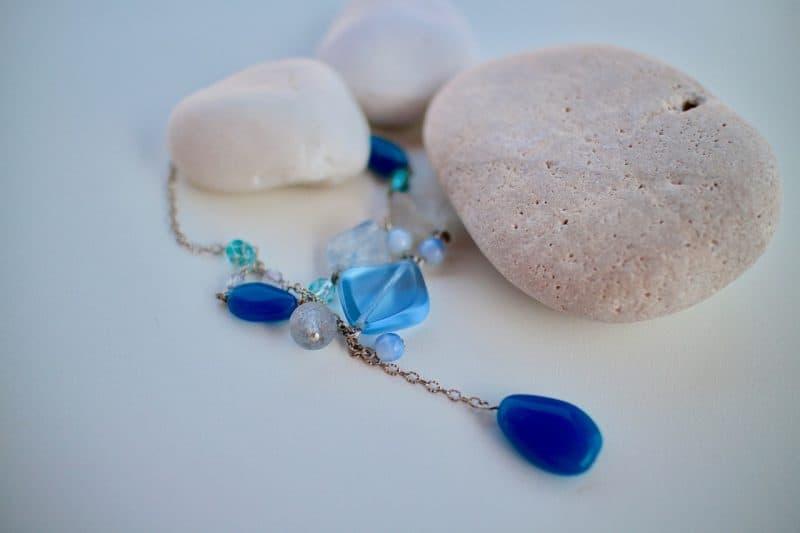 blue diamonds with pebbles