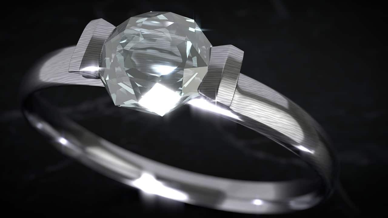 Lab grown diamonds vs. natural