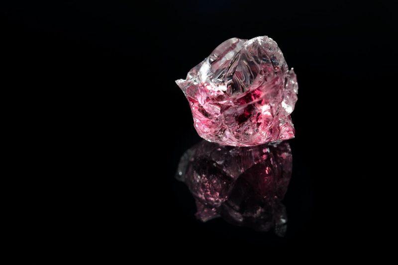 red shiny diamond