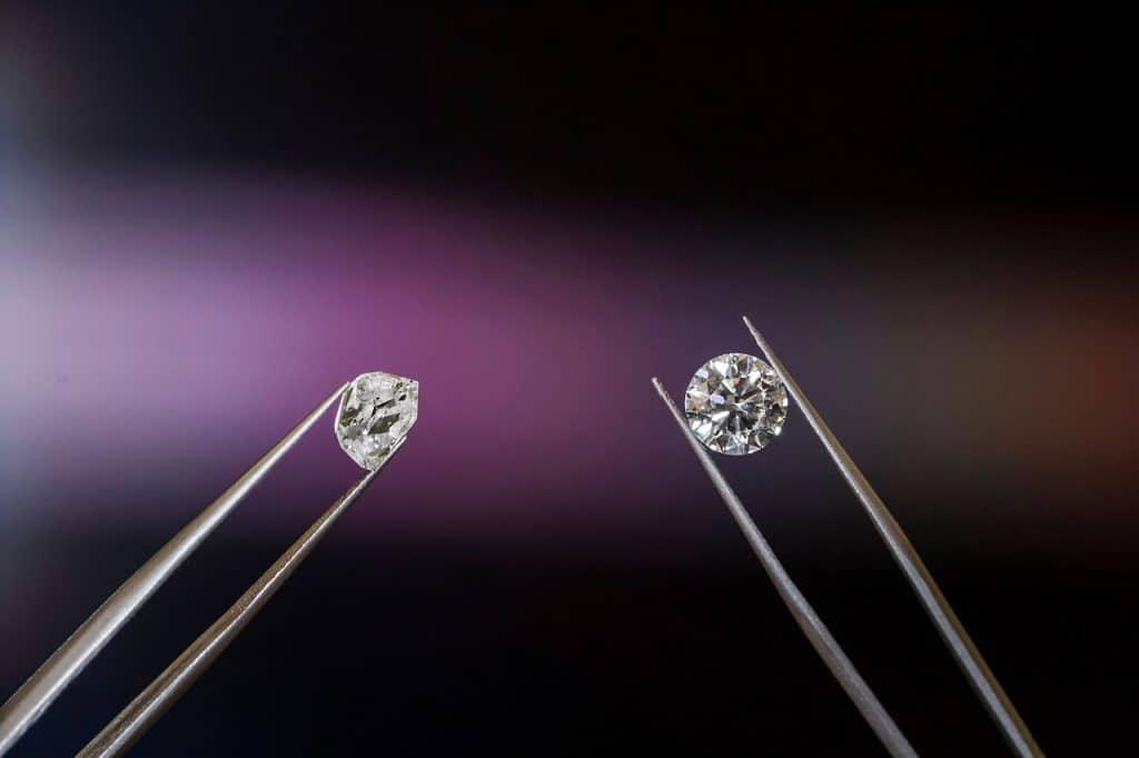 diamonds in tweezers
